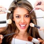 """Als Kosmetikberaterin Geld nebenher verdienen – Ein """"dufter"""" Nebenjob"""