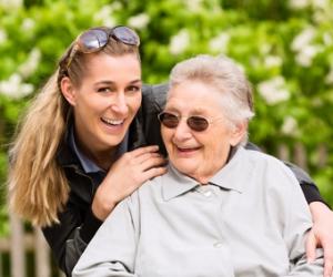 Nebenjob Seniorenbetreuer