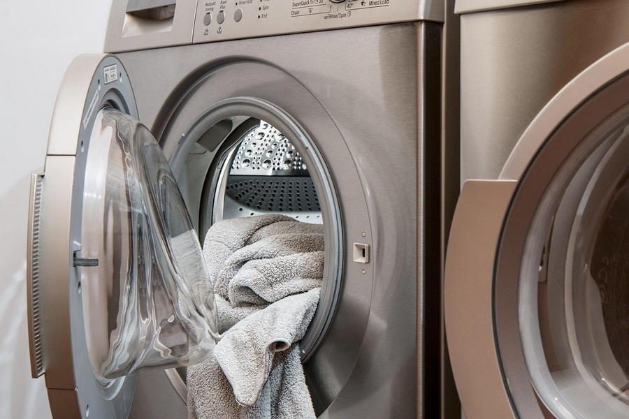 Offene Waschmaschine
